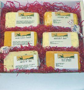 holiday-cheese-box-cheese-sampler